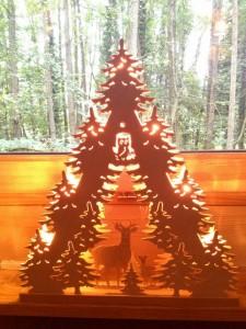 decoration cerf et sapin de la cabane de la clairière
