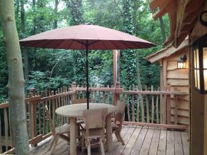 terrasse de la cabane de la clairière