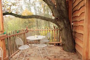 terrasse-cabane-de-la-riviere