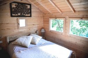 mezzanine cabane avec lit